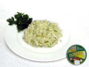 Kapusta biała, koperek, dodatki iprzyprawy łagodna – biało-zielona kompozycja warzyw ołagodnym smaku zbardzo wyrazistym aromatem koperku zielonego.